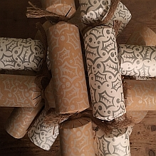 Welsh Christmas Eco Crackers ~ Silver Holly