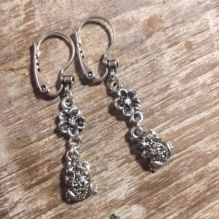 Hultquist Frog Earrings in Silver