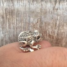 Hultquist Frog Ring in Silver