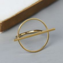 Gold Circle & Bar Ring